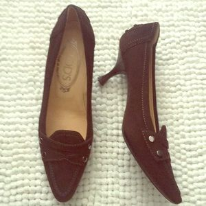 Kitten Heel Tod's Suede Pumps in rare 34 1/2 size